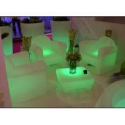 location de salon lounge lumineux
